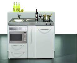 mini cuisines mini cuisine idéale pour aménager un studio un réel gain de place
