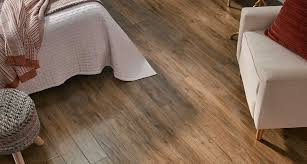 Laminate Flooring T Molding Apple Wood Pergo Outlast Laminate Flooring Pergo Flooring