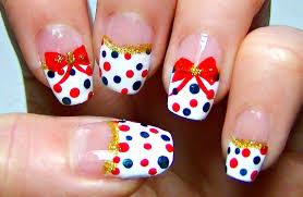 simple holiday nail art red and green polka dot tutorial youtube
