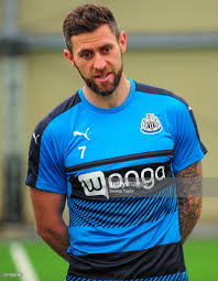 photos et images de newcastle united daryl murphy q a with wonga