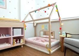 chambre bébé montessori lit enfant ras du sol chambre montessori lit ras du sol pour bebe