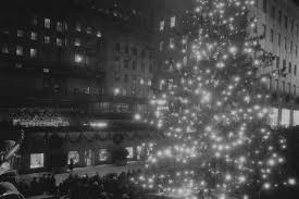 When Do They Light The Tree In Nyc The History Of The Rockefeller Center Christmas Tree A Nyc