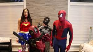 Superhero Family Halloween Costumes Eh Bee Family Superhero Family Shocker Youtube