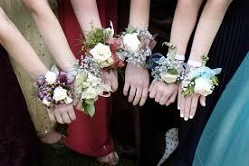 bridesmaid corsage flower power boutonnieres corsages dress district