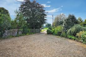 2 bedroom detached bungalow for sale in blackthorn