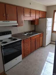 Kitchen Cabinets Rockford Il by 2210 Auburn St 8 For Rent Rockford Il Trulia