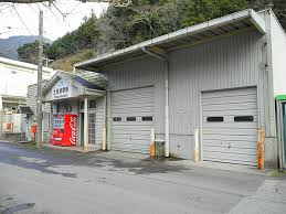 Tosa-Iwahara Station