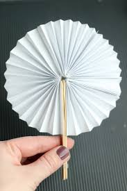 fan sticks diy new year fans