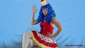 how to create a katy clown costume look