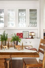 decorated dining rooms 49 best christmas table settings decorations and centerpiece