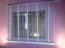 materials types of window blinds