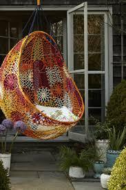 Designer Hangesessel Mit Gestell 39 Terrassengestaltung Ideen Mit Hängesesseln Für Garten