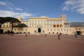 canap駸 d angle but prince s palace of monaco
