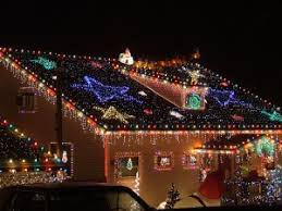 safety tips for installing decorations on your roof