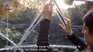 garden igloo garden igloo assembly how to fit the air vents youtube
