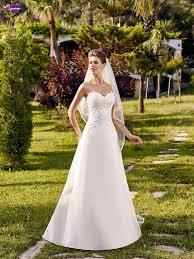 robe de mari e point mariage 46 best robe de mariée point mariage 2016 images on