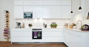 carrelage mur cuisine moderne carrelage mur cuisine moderne metro blanc pour la cracdence de mural