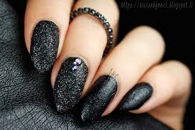 black glitter nail art by yue nailpolis museum of nail art