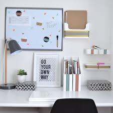 minimalist desk setup collegestep6 u2026 pinteres u2026