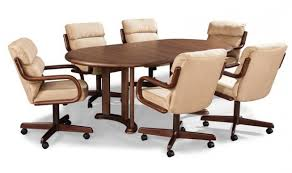 Kitchen Table With Wheels by Dining Room Chairs With Rollers Dining Room Table With Chairs On