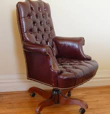 Leather Office Chair Cordovan Tufted Leather Office Chair By North Hickory Furniture Ebth