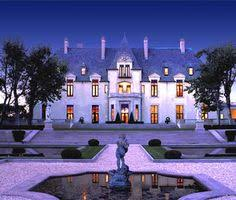 wedding venues in upstate ny take a tour of oheka castle with castles and travel