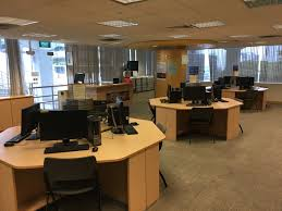 q how do i book a pc or computer to use at the central library