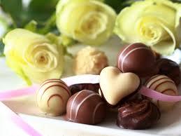 chocolate heart candy flowers chocolate tasty roses flowers yellow heart candy flower