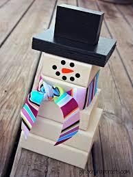 wooden snowman how to build a 2 4 wooden snowman woodgrain