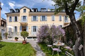 bed and breakfast chambres d hôtes le pigeonnier embrun