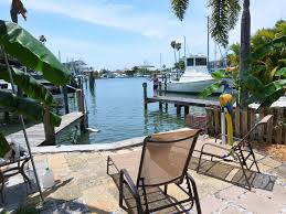 charming private waterfront getaway homeaway madeira beach
