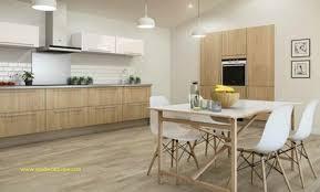 parquet cuisine leroy merlin cuisine avec carrelage imitation bois pour carrelage salle de bain