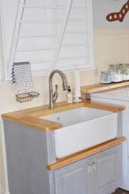 Laundry Room Sinks With Cabinet by Laundry Room Sinks That Are Functional As Well As Decorative