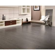 can laminate wood flooring be used in a bathroom with laminate