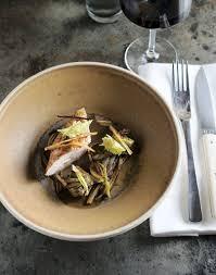 comment cuisiner les salsifis filets de poule rôtie salsifis artichauts violets recette de