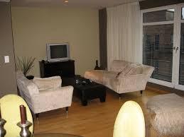 Bedroom Designs With Tan Walls Bedroom Grey Bachelor Bedroom Ideas Plus Wall Decor On Gray Wall