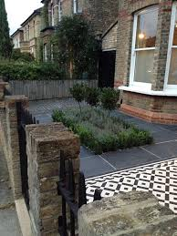 paving ideas for small front gardens