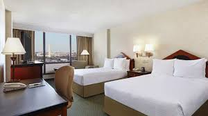 2 Bedroom Suite Hotels Washington Dc Doubletree By Hilton Hotel Washington Dc Crystal City In