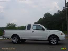 white nissan truck 2003 nissan frontier xe king cab in avalanche white 471257