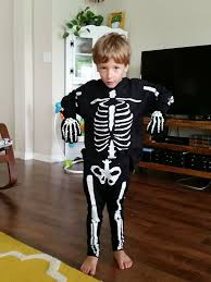 How To Make A Skeleton Costume For Halloween by Freezer Paper Skeleton Costume 7 Steps With Pictures