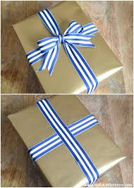 tying gift bows present wrapping tips 3 easy gift wrap ideas