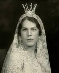 bridal crowns the royal order of sartorial splendor tiara tuesday countess