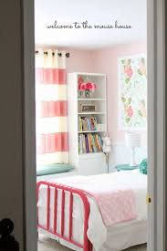 Little Girls Bedroom Accessories Best 20 Girls Bedroom Wallpaper Ideas On Pinterest Little
