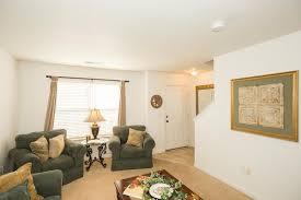 Living Room Sets Des Moines Ia Two Bed Maple Grove Villas In West Des Moines Iowa