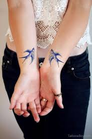 52 traditional swallow tattoo designs and meaning piercings models