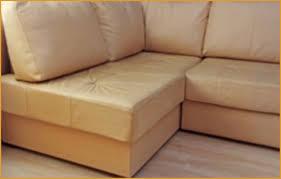 canapé cuir qui colle colle pour canapé simili cuir intelligemment rénover le cuir tout