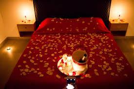 chambre d hote palombaggia accueil dans la chambre pétales de roses et chagne photo de
