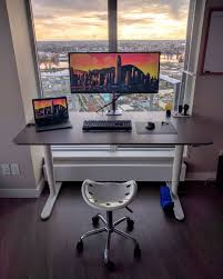 Gaming Laptop Desk by Here Is A Nice Second Screen Battlestation Terminal Pc Setup