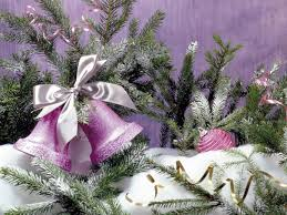purple christmas tree 30 vibrant purple christmas decorations