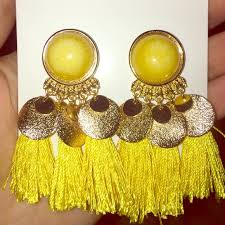 hm earrings 20 h m jewelry h m tassel earrings new from emily s